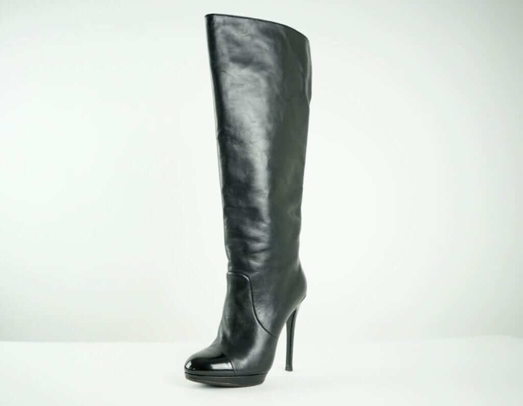 a7b1339f099 BURBERRY Black Leather Women s Fall Boots Black leather boots Women s  Fashion Houston