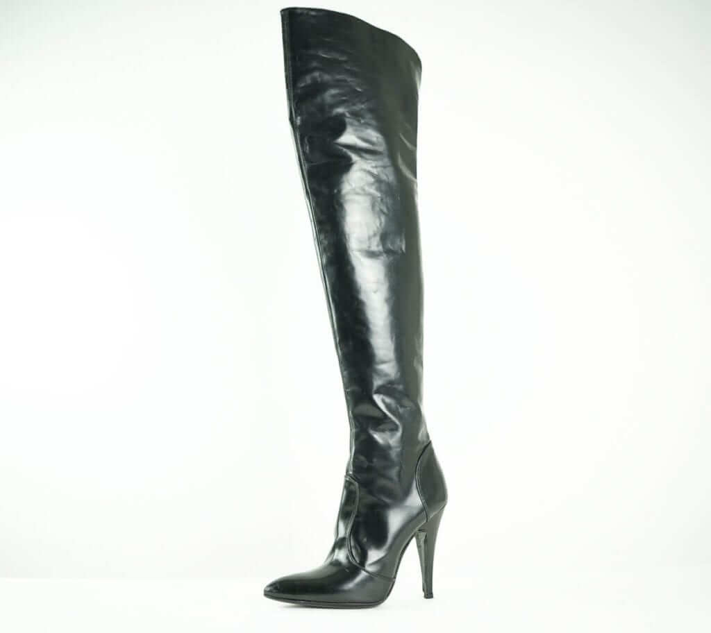 Burberry black leather knee high boots